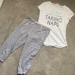 🆕 2 piece XS pajama set